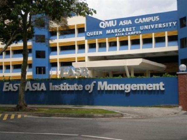 Học Viện Quản Lý Đông Á EASB