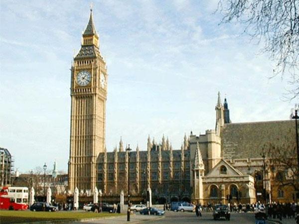 Thủ Tục Xin Visa Du Học Và Chi Phí Sinh Hoạt Tại Anh