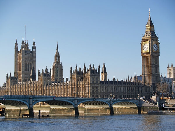 Đào Tạo Sinh Viên Chất Lượng Cao Tại Anh Quốc