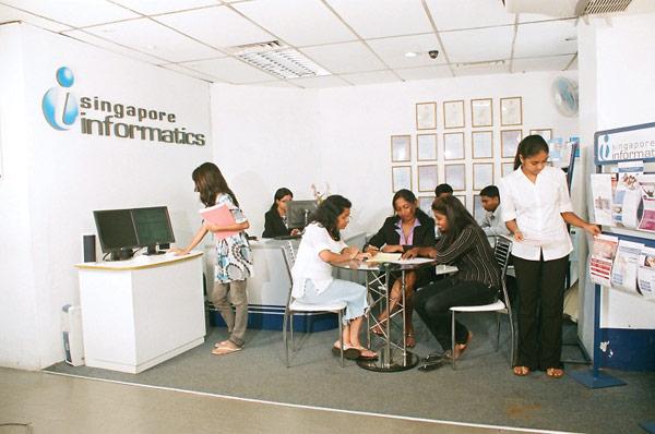 Học bổng học viện Infomatics - Singapore