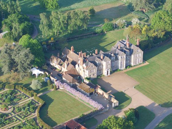 Những điều bạn cần biết khi du học tại Surrey - Guidford Anh quốc