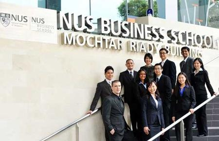 Chương trình học bổng của NUS dành cho các ứng viên Việt Nam