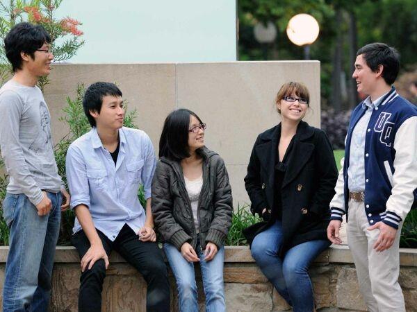 Bạn Có Biết Du Học Sinh Hàn Quốc Sống Thế Nào?