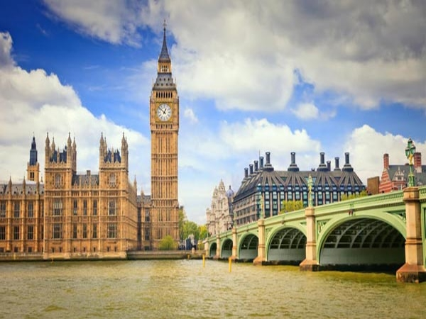Những địa điểm Hấp Dẫn Dành Cho Du Học Sinh Tại Anh