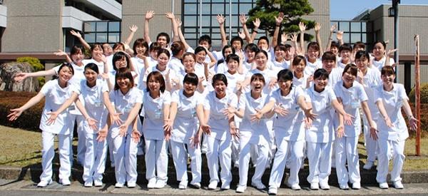 Vì sao ngành điều dưỡng tại Nhật lại trở nên hot như vậy?