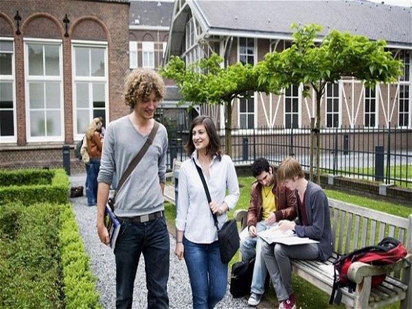 Đi Du Học Úc Năm 2017 Cần Bao Nhiêu Tiền?
