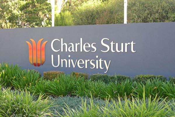 Charles Sturt là trường đại học danh tiếng trong việc đào tạo IT tại Úc