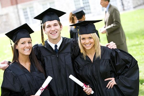 Hãy chuẩn bị hành trang cho mình từ sớm để có nhiều cơ hội giành được học bổng hơn