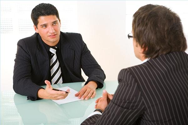 Bạn cần có tâm lý thoải mái khi đi phỏng vấn xin visa du học.