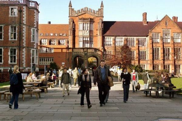 Các trường đại học ngành truyền thông nổi tiếng nhất nước Anh 1