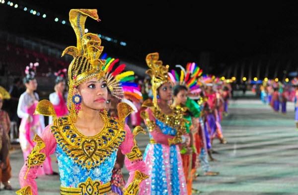 Các hoạt động trong lễ hội Deepavali