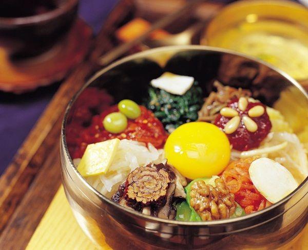 Món Bibimbap của Hàn Quốc