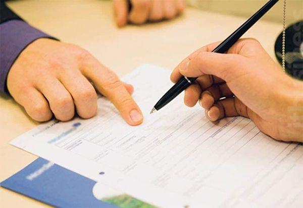 Cân nhắc nhiều yếu tố trước khi ký kết hợp đồng mua nhà